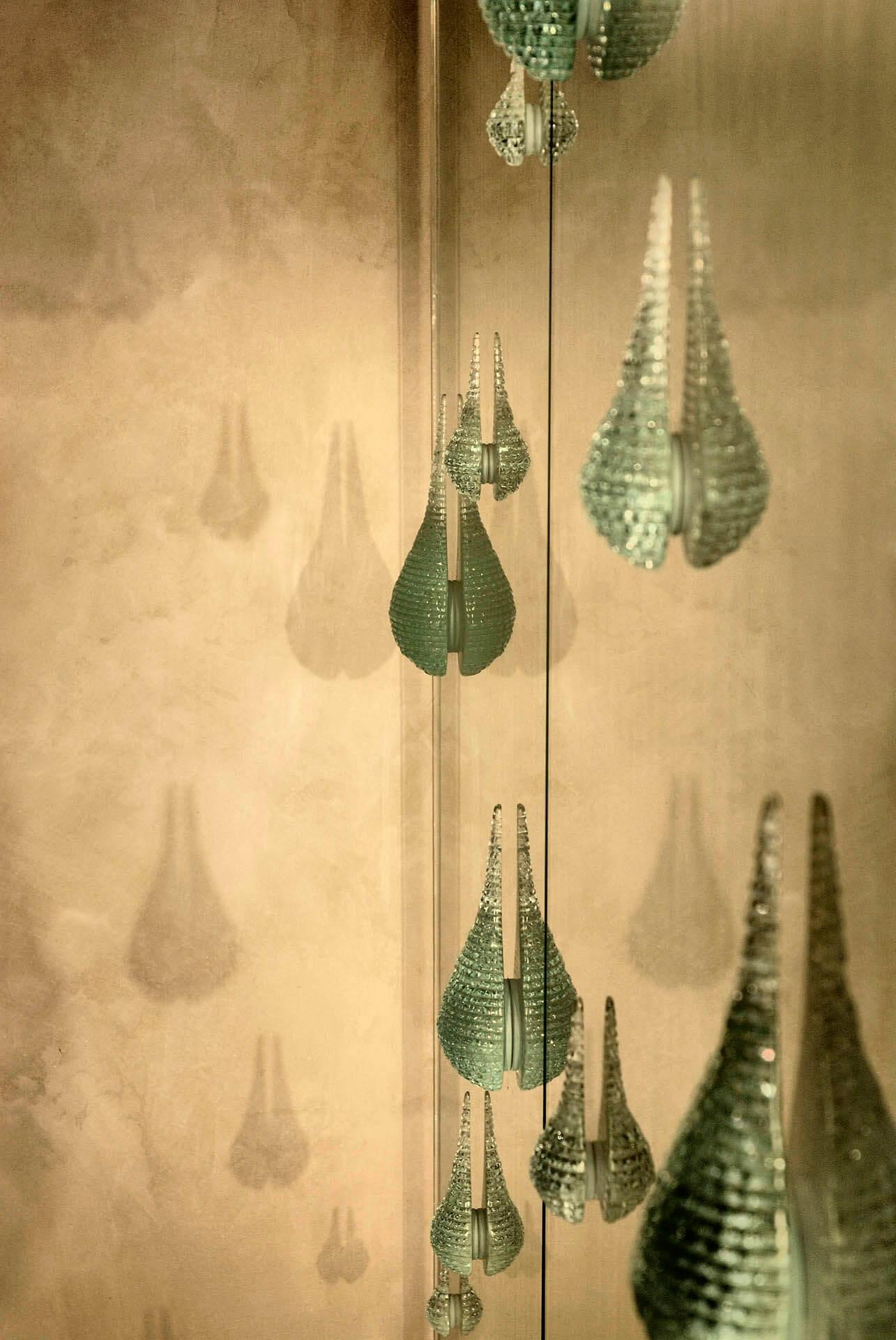 projets sp ciaux pi ces uniques deux ailes laurent beyne luminaires contemporains de. Black Bedroom Furniture Sets. Home Design Ideas
