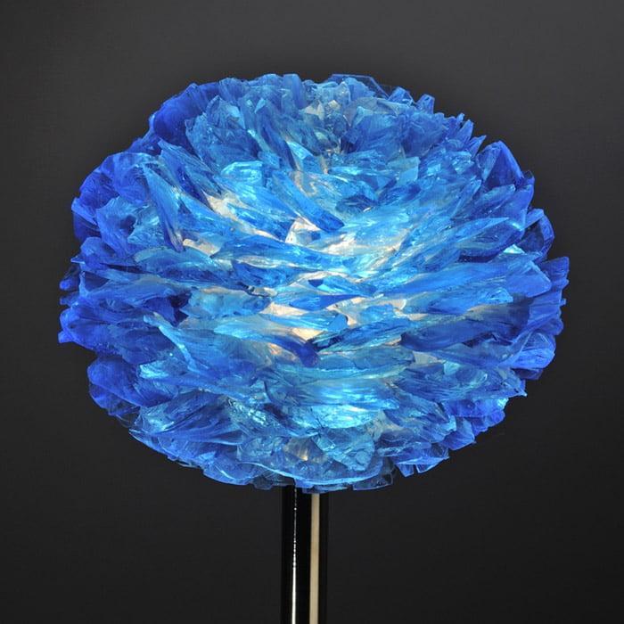 Pétales de verre bleu