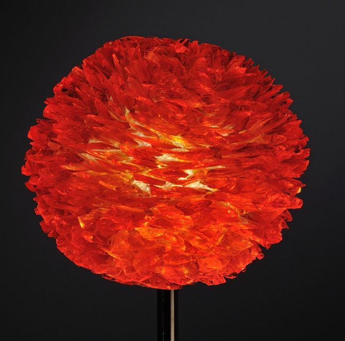 Pétales de verre rouge